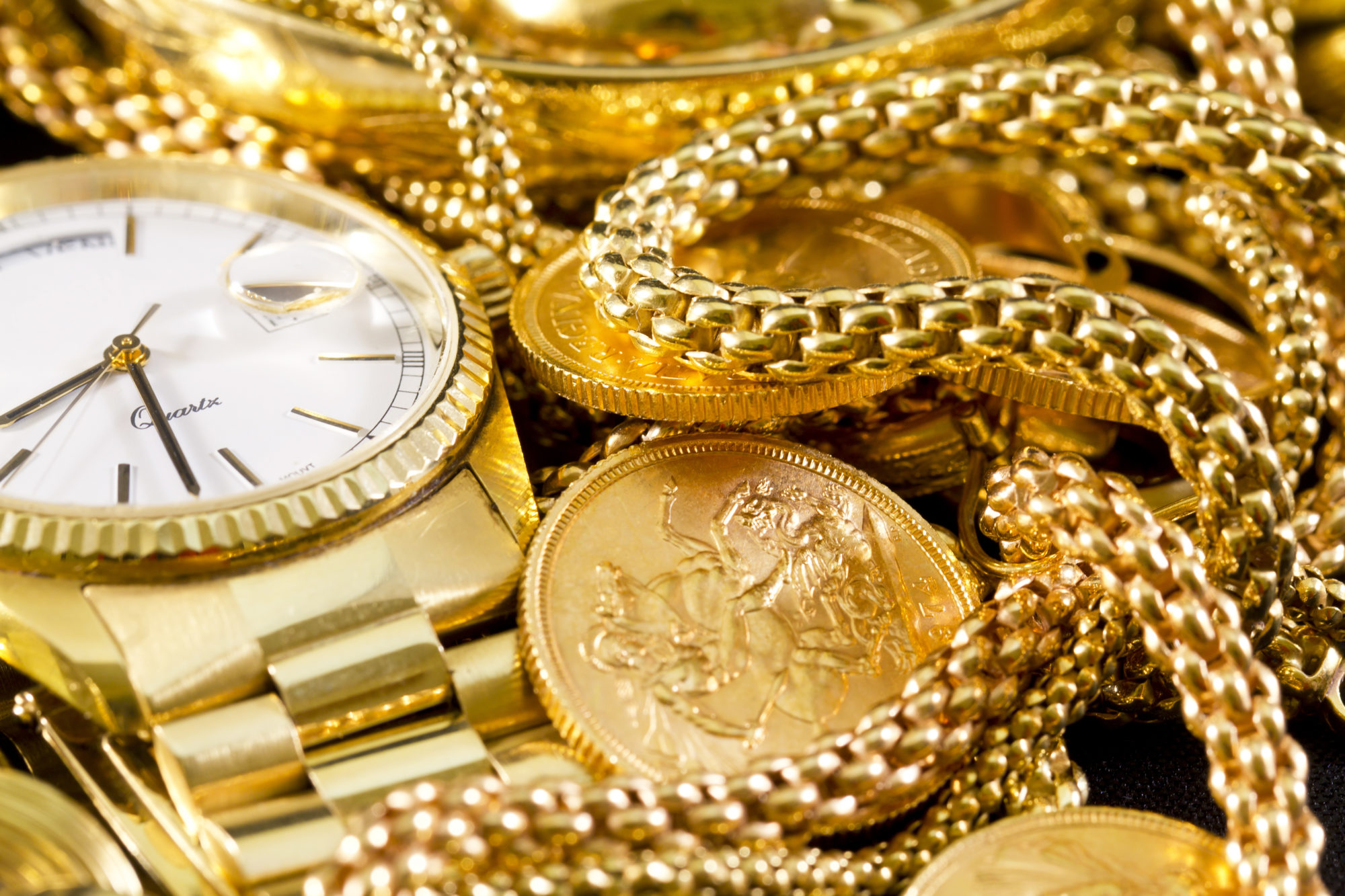 Gold jewelry | What Makes Gold Valuable? | Nationwide Coin & Bullion Reserve