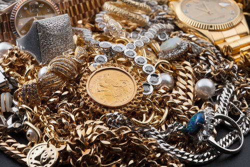 pile of jewelry, precious metals, gold, silver
